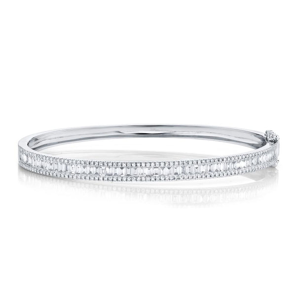 1.74CT DIAMOND BAGUETTE BANGLE