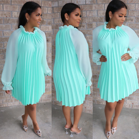 Paris Pleated Dress Mint