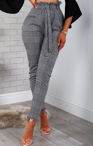 Checkered Ruffle Waist Trousers