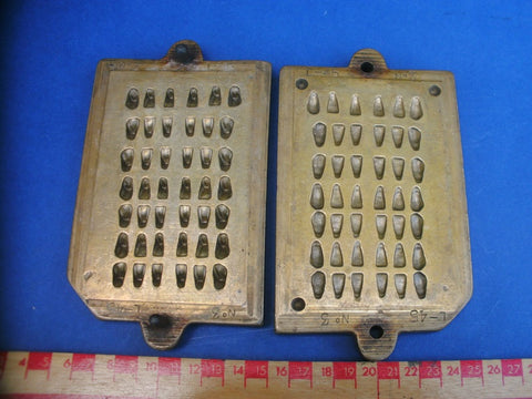 Antique brass dental false tooth mould 3