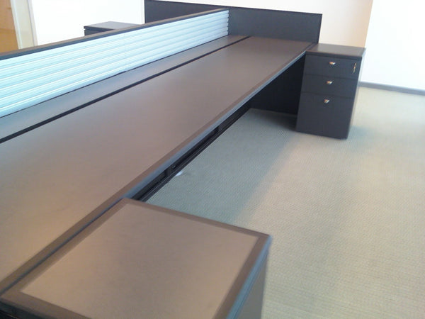 Linear Desk - Slatwall