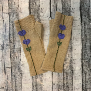 Gloves-Lupine