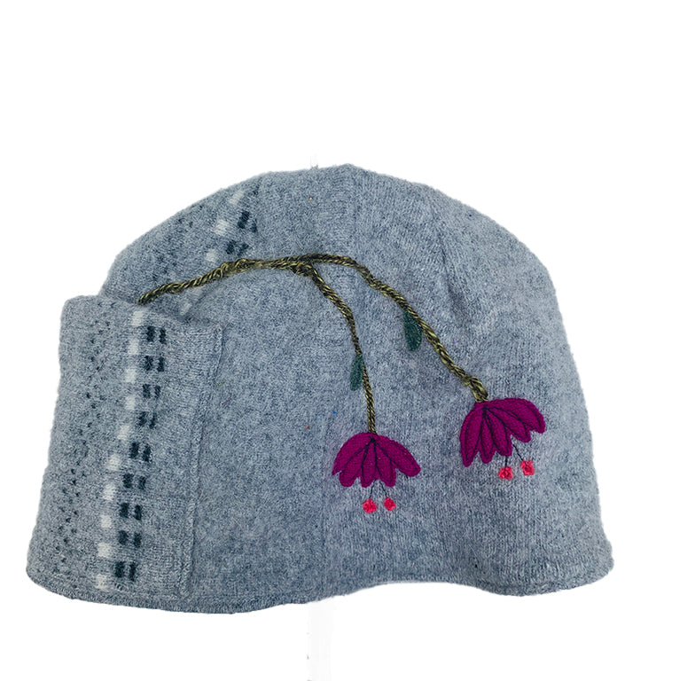 Wool Hat-Weeping Flowers