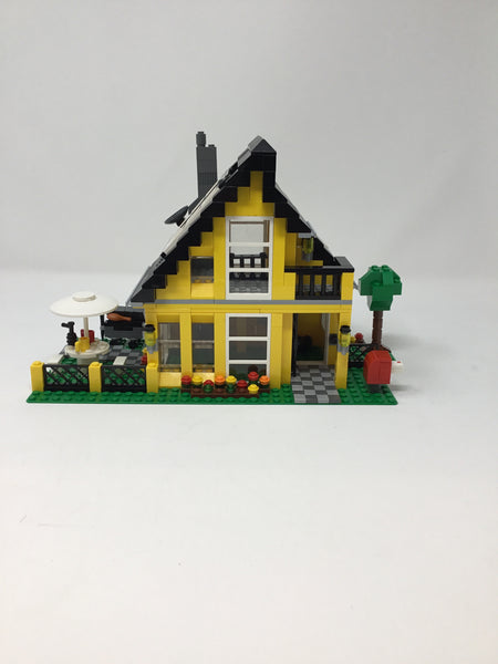 4996 -1 Creator 3 in 1 Beach House (Used)