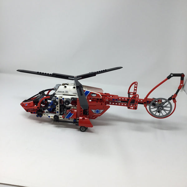 8068-1 Technic Rescue Helicopter (Used)