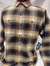 Load image into Gallery viewer, Long sleeve flannel