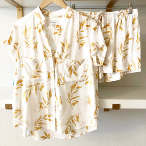 Olive Leaf Short Sleeve with Shorts