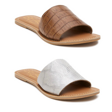 Load image into Gallery viewer, Cabana Sandals