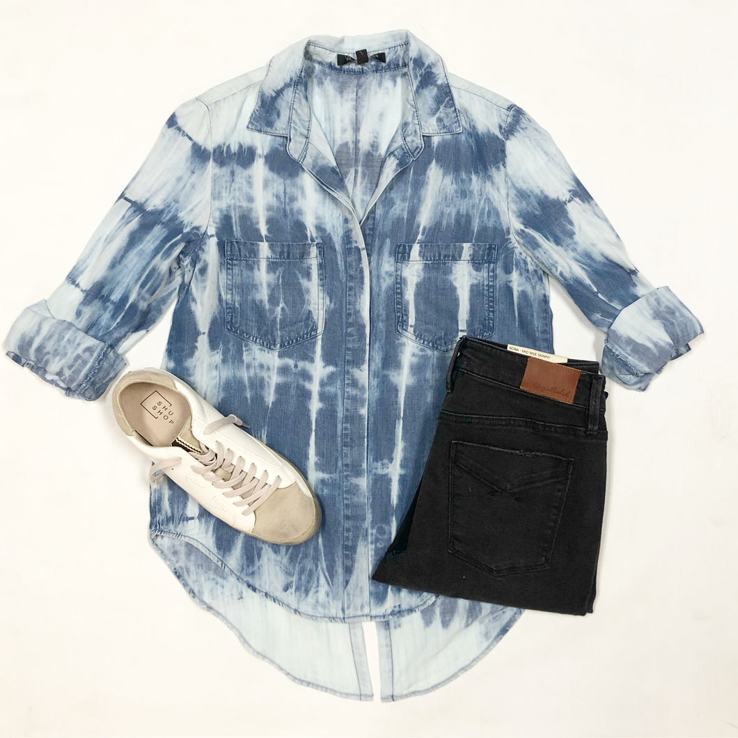 Riley Acid Wash Top