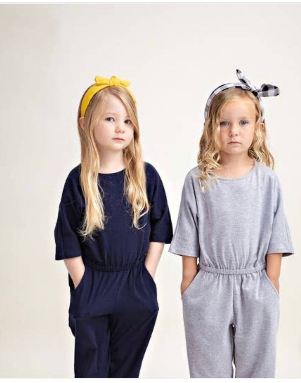 Girl grey jumpsuit with pockets