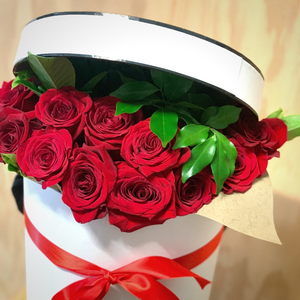 The Perfect Rose Hat Box