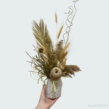 Load image into Gallery viewer, Mothers Styled Florist Choice Dried Arrangment