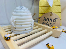 Load image into Gallery viewer, Honeycomb Hand Soap Gift Box Set 60g