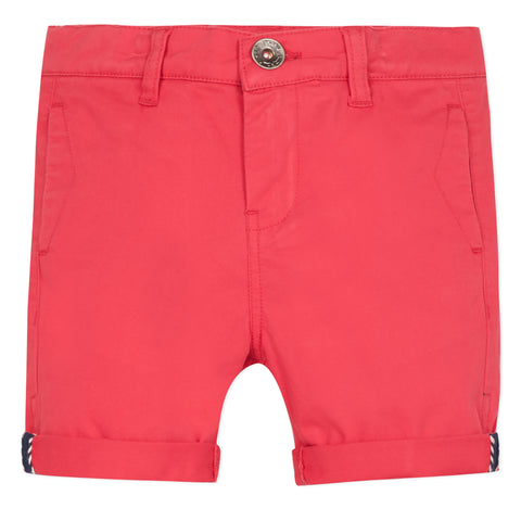 Red bermuda shorts
