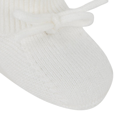 Unisex ecru knitted baby booties