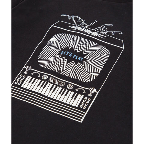 *NEW*  Black T-shirt with graphic pattern