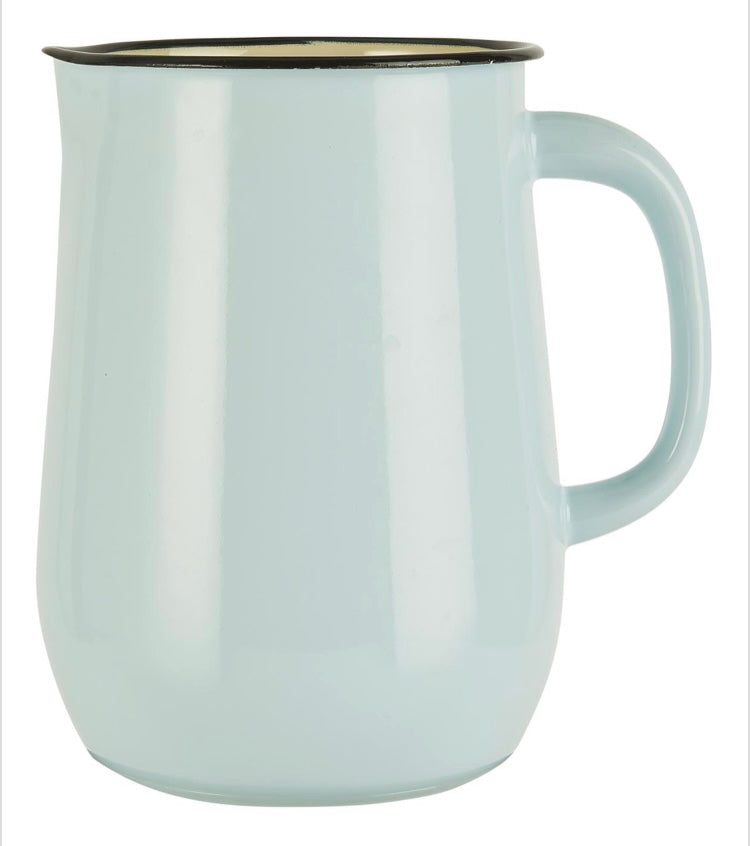 Jarra para agua en metal esmaltado color azul claro con interior color crema- Pitcher enamel light blue w/cream colour inside