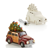 Load image into Gallery viewer, LIGHT UP - Woody Wagon w/ Christmas Tree