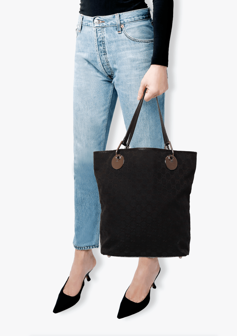 GG CANVAS BUCKET TOTE