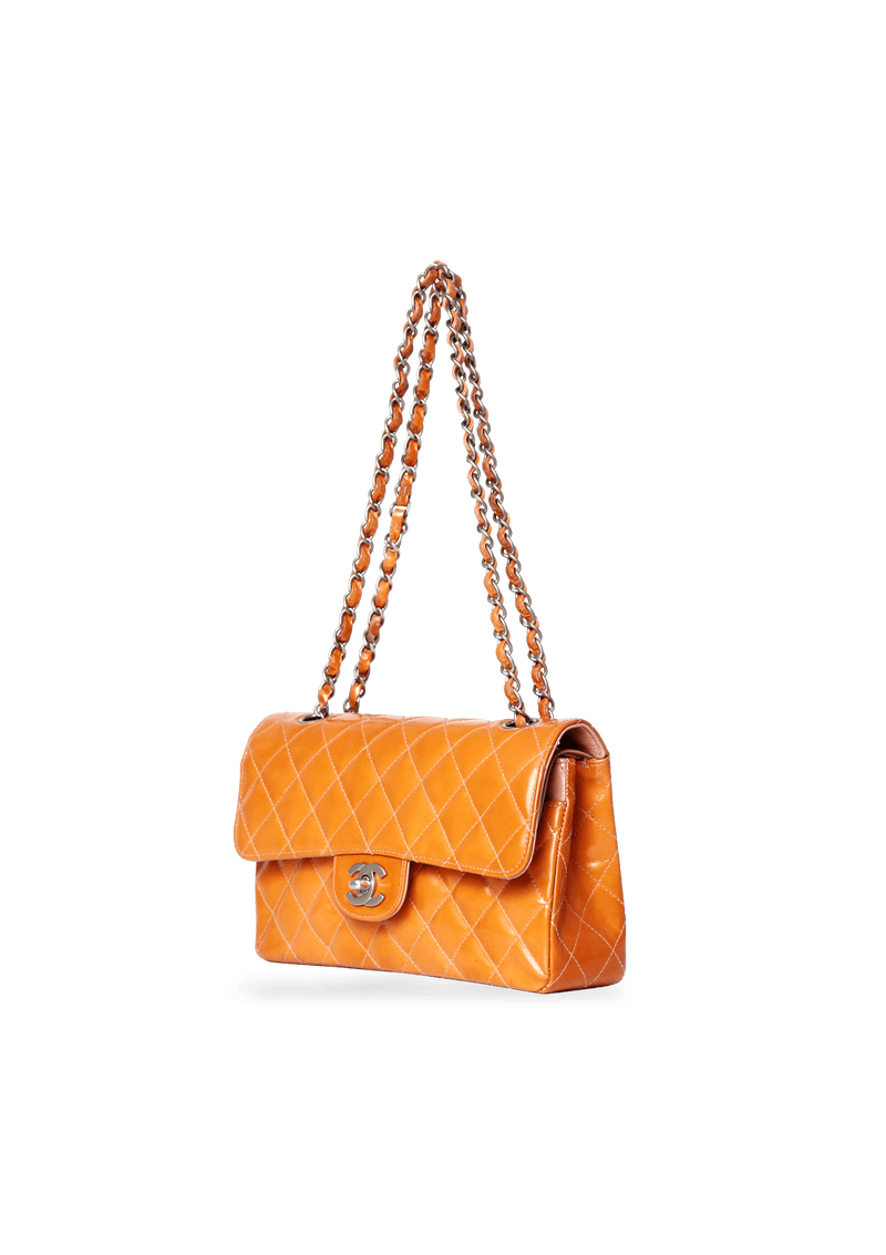 CLASSIC MEDIUM DOUBLE FLAP BAG