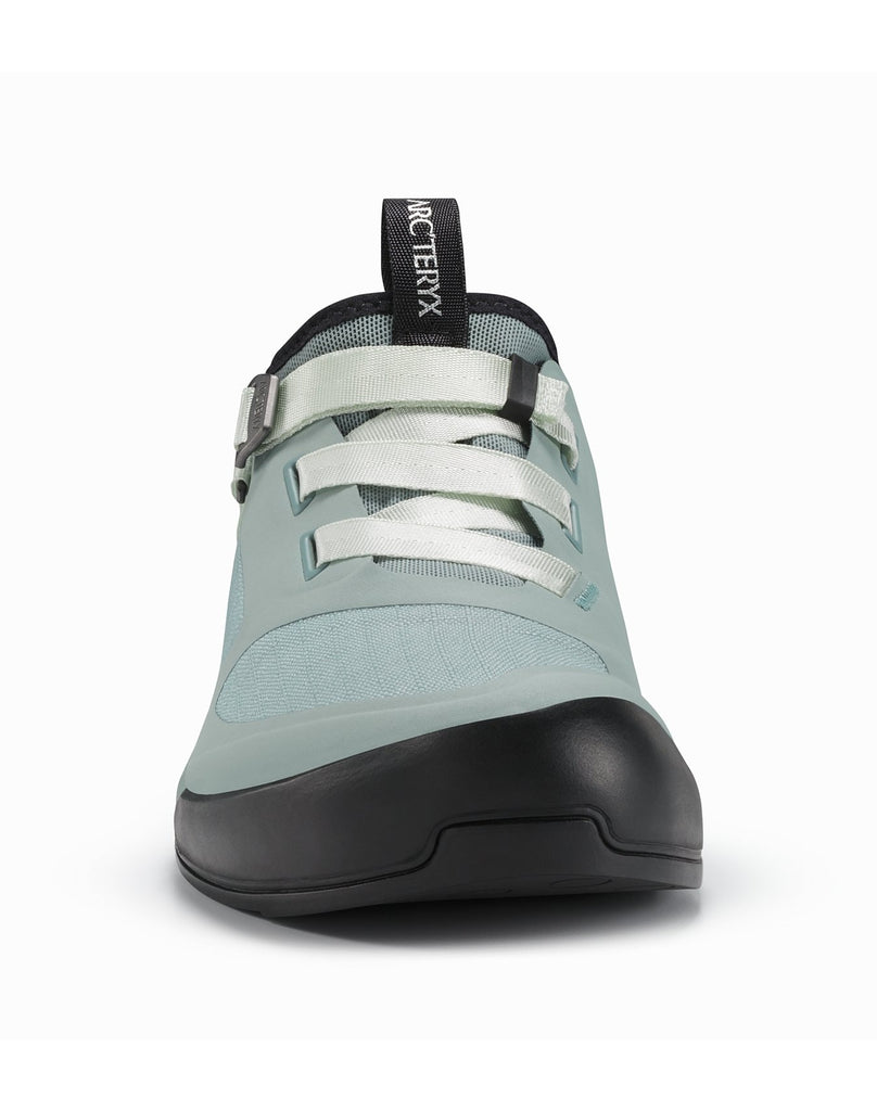 Arakys Women's approach shoes