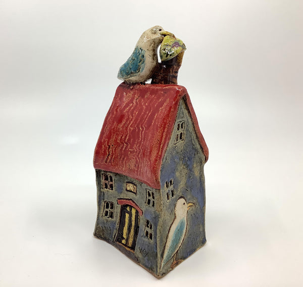 Seagull House (Blue with Red Roof)