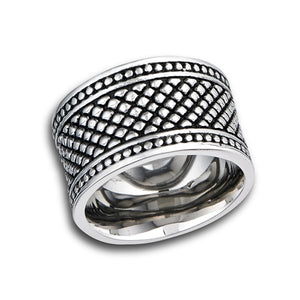 stainless steel ring with crosshatch design band