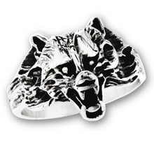 Load image into Gallery viewer, stainless steel ring with detailed wolf face
