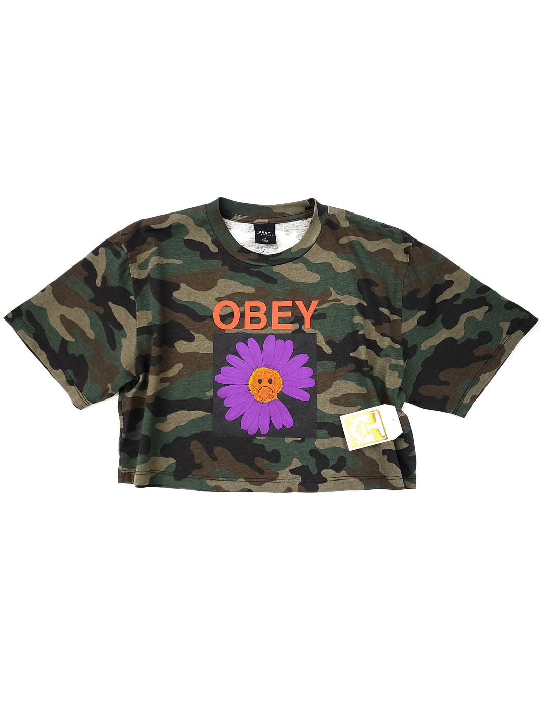 olive camouflage graphic logo spell out short sleeve crop tee