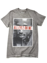 Load image into Gallery viewer, gray Tupac graphic short sleeve music tee