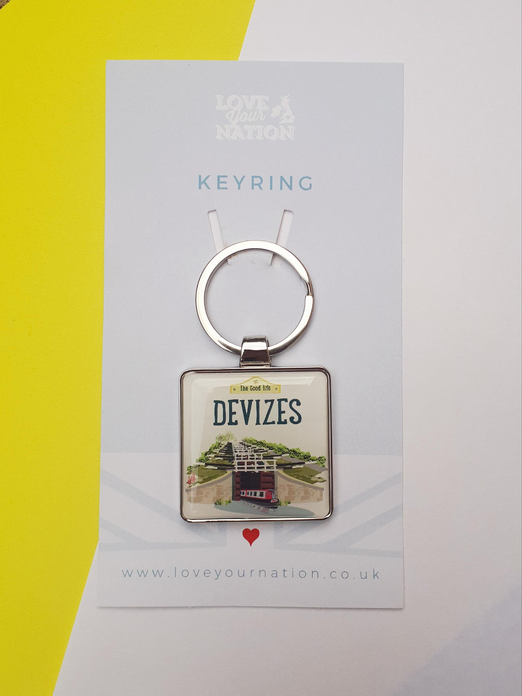 Devizes The good life caen hill canal boat locks keyring from beezes