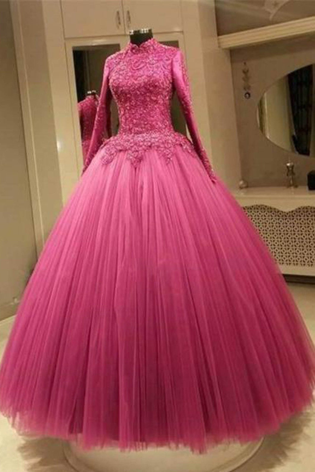 Sweet 16 Dresses | Organza lace long sleeves ball gown dresses,long homecoming dresses