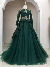 Load image into Gallery viewer, Sweet 16 Dresses | Dark Green Satin Tulle O Neck Long Sleeve Arabic Formal Prom Dress With Applique