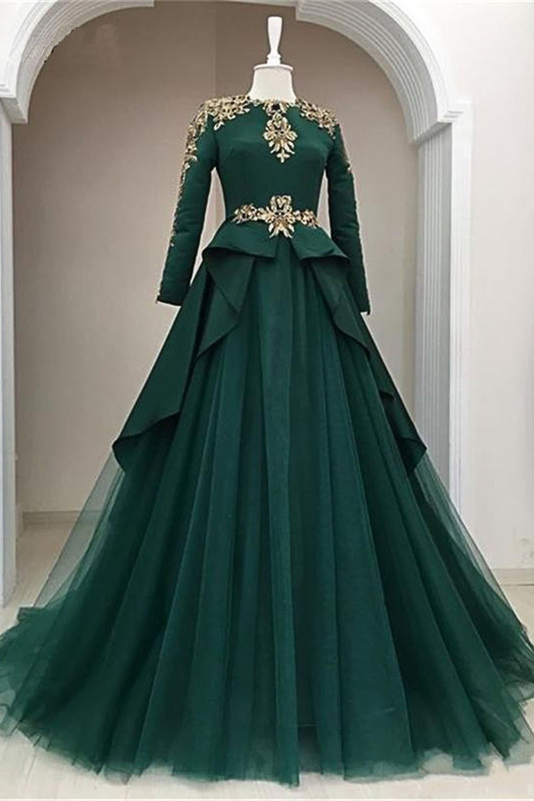 Sweet 16 Dresses | Dark Green Satin Tulle O Neck Long Sleeve Arabic Formal Prom Dress With Applique