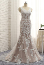 Load image into Gallery viewer, Sweet 16 Dresses | 2018 New coming spring V neckline long mermaid evening dress with white lace