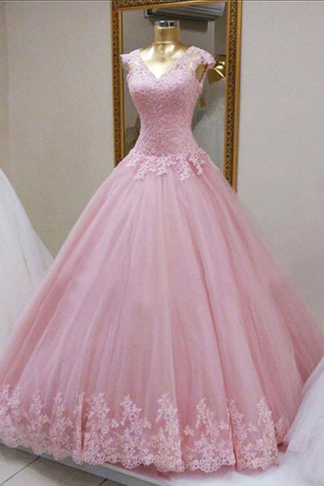 Sweet 16 Dresses | Pink organza lace applique long dress,  princess ball gown dresses