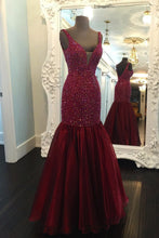 Load image into Gallery viewer, Sweet 16 Dresses | Stylish burgundy organza V neck open back long halter mermaid evening dresses with beading
