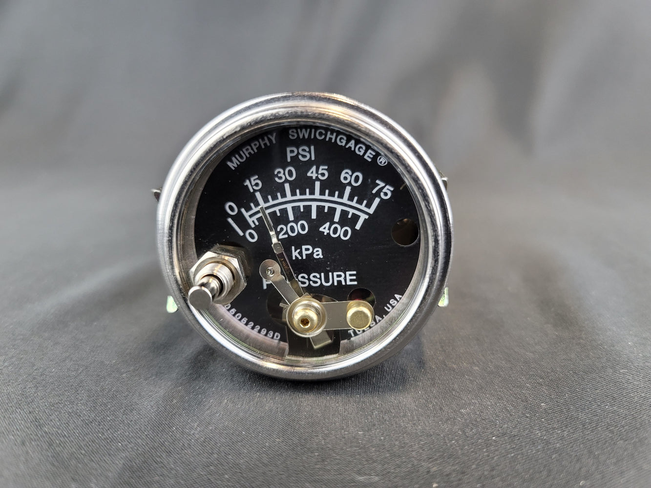 MURPHY Pressure Switch Gauge with Lockout - 20P7-75