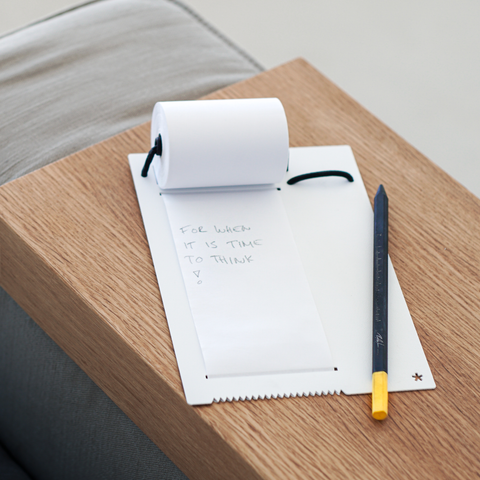 Notizbuch Note-Roller im home office von Peppermint Products
