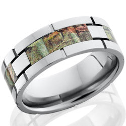 Style 103624: Titanium 8mm flat band with four segments of the Real Tree AP pattern