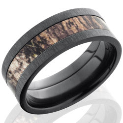 Style 103954: Zirconium 8mm Flat Band with 4mm of MossyOak Camo