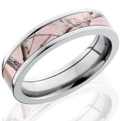 Style 103613: Titanium 5mm Flat Band with 4mm of Pink Realtree AP Camo