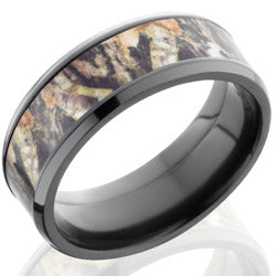 Style 103952: Zirconium 8mm Beveled Band with 5mm of MossyOak Camo