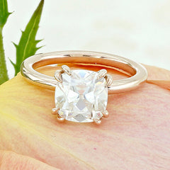 Scottsdale Solitaire Engagement Ring with a Double Four Prong Head