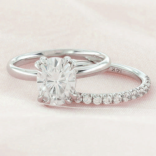 Matching Wedding Band and Scottsdale Solitaire Engagement Ring