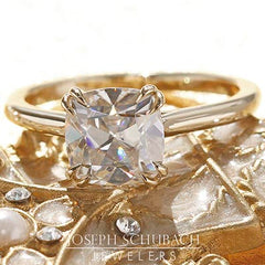 Style 103318: Marbella Cathedral Engagement ring with Radiance® Center Stone