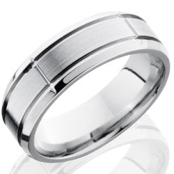 Style 103667: Cobalt Chrome 7mm Beveled Band with Segmented Pattern
