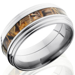 Style 103626: Titanium 9mm Flat Band with 3mm of Realtree Max4 Camo and Double Grooved Edge