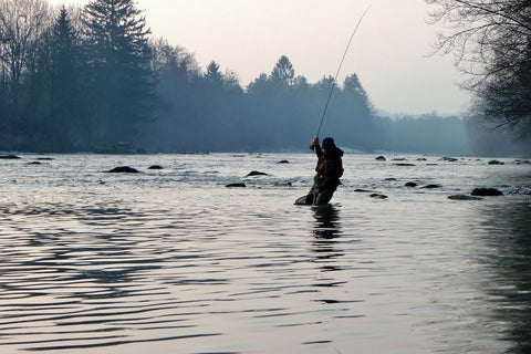 fly_fishing_outdoors