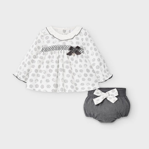 Blouse and bloomers set